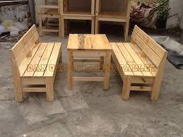 bàn ghế gỗ thông đỏ