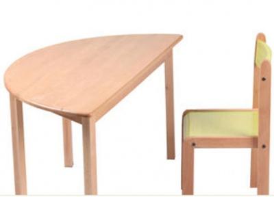 bàn ghế mẫu giáo bằng gỗ 1