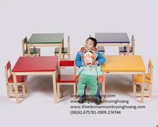 bàn ghế mẫu giáo mầm non