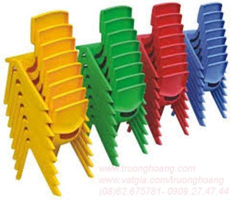 Bàn ghế nhựa cho bé mầm non
