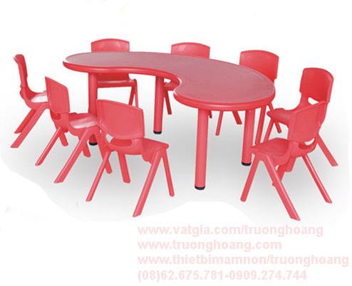 bàn ghế cho trẻ mẫu giáo