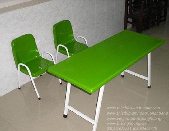 Bàn ghế mẫu giáo 3