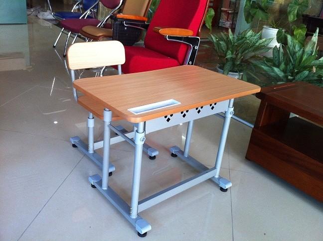 bàn ghế học sinh có giá sắt giá rẻ hcm 1